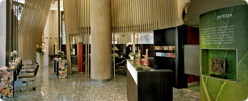 Parrucchiere centro milano piega di moda milano taglio for Acqua aveda salon
